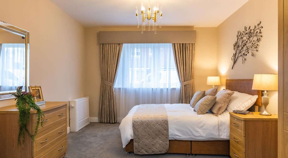 Willow Court – two bed apt – Master Bedroom